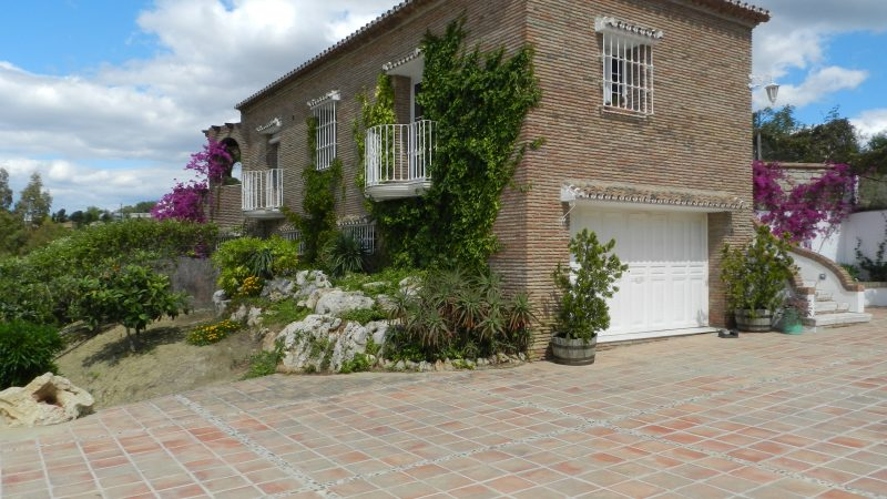 Modern Country House – Alqueria
