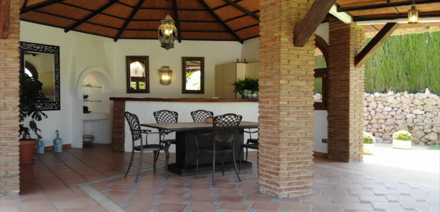 SPECTACULAR EQUESTRIAN PROPERTY