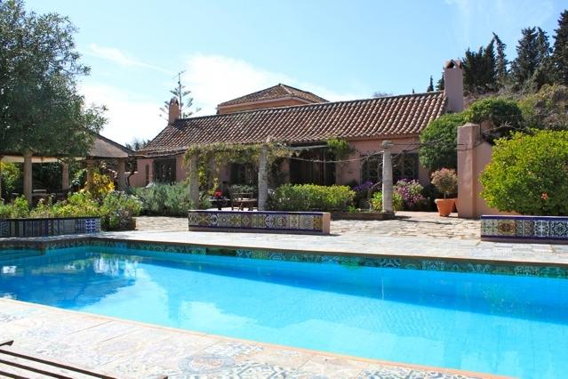 Cortijo Style Property – Estepona