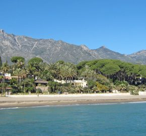 Beach 200m 3-bed Villa