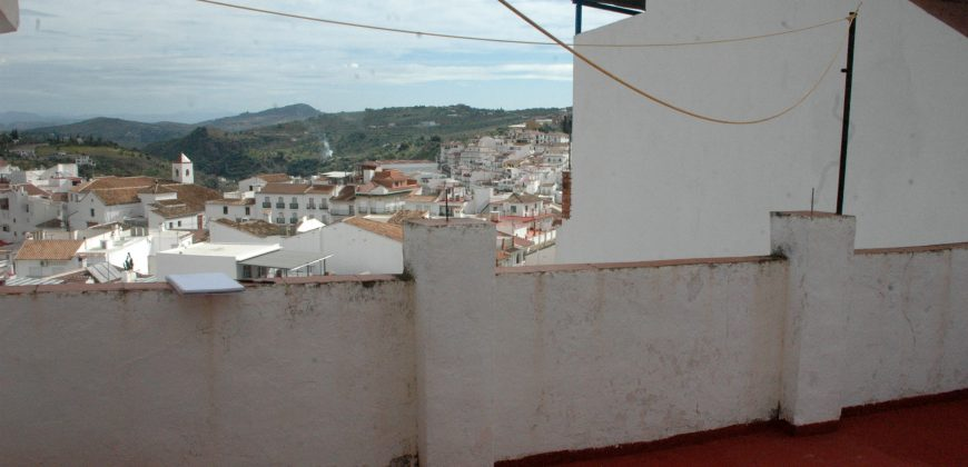 Cheap Townhouse – Tolox